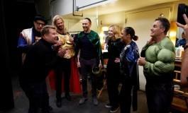 Les acteurs de Thor Ragnarok rejouent le film en live