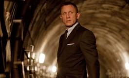 Du Boyle dans Bond